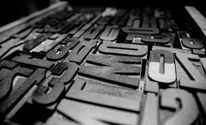 Cassetto di caratteri tipografici carattere bastoncino di grandi dimensioni