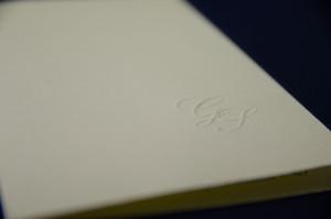 Partecipazioni di matrimonio con iniziali a rilievo tipografia Firenze